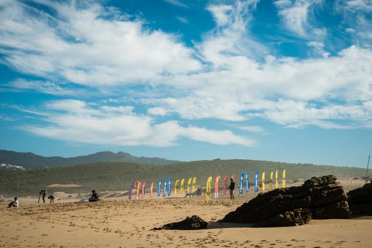 Primeiro dia de competição na Praia do Guincho durou sete horas (®PedroMestre/ANSurfistas)