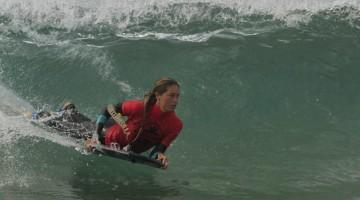 Algarvia Joana Schenker chegou à última etapa já campeã nacional e fez a melhor onda na prova (®BoogieChicks)