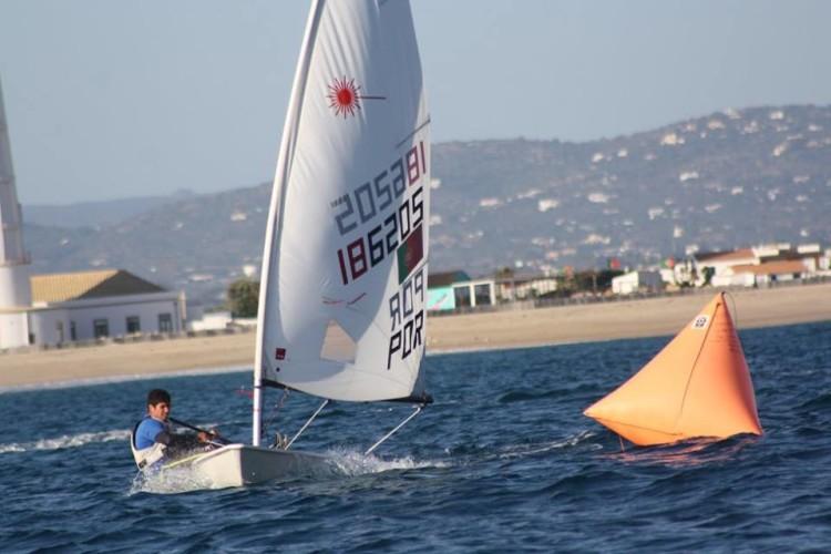 João Neto, vencedor em Laser 4.7 (®GCNFaro)