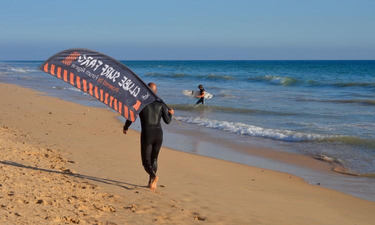 Prova na Praia de Faro vai ter períodos de espera em dois fins-de-semana de dezembro e um de janeiro (®PauloMarcelino/arquivo)