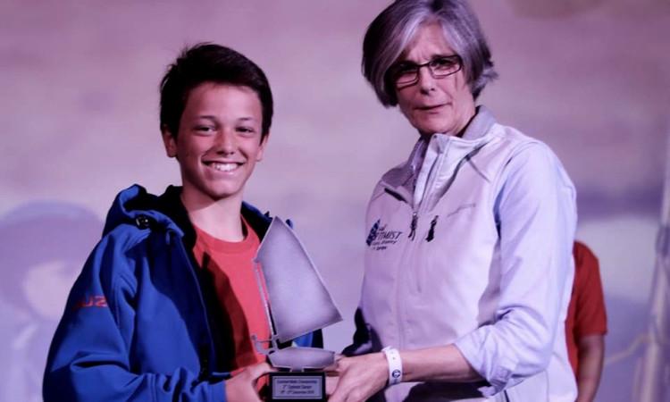 William Risselin recebe o 'Optimist de Prata', pelo 2º lugar Open e Cadetes na Euromed 2016 (®RodrigoMRato)