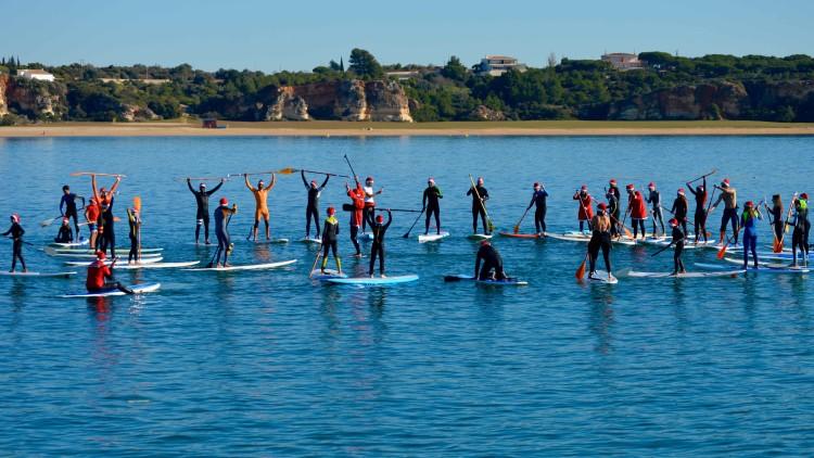 'Christmas Paddle Meeting', celebração conjunta do Portimão Surf Clube e Albufeira Surf Clube, manhã de 24 de dezembro, Praia da Marina, Portimão (®PauloMarcelino)