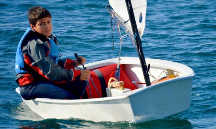 Pablo, da Associação Naval do Guadiana, vencedor Optimist Infantis (®PauloMarcelino)
