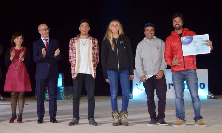 Portimão Surf Clube: Bruno Gregório, Concha Balsemão e os treinadores Bruno Santos e Francisco Canelas (®PauloMarcelino)