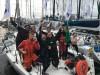 Tripulação do Challenge - com Luís Brito de camisola branca - festeja a chegada a Hobart (®DR)
