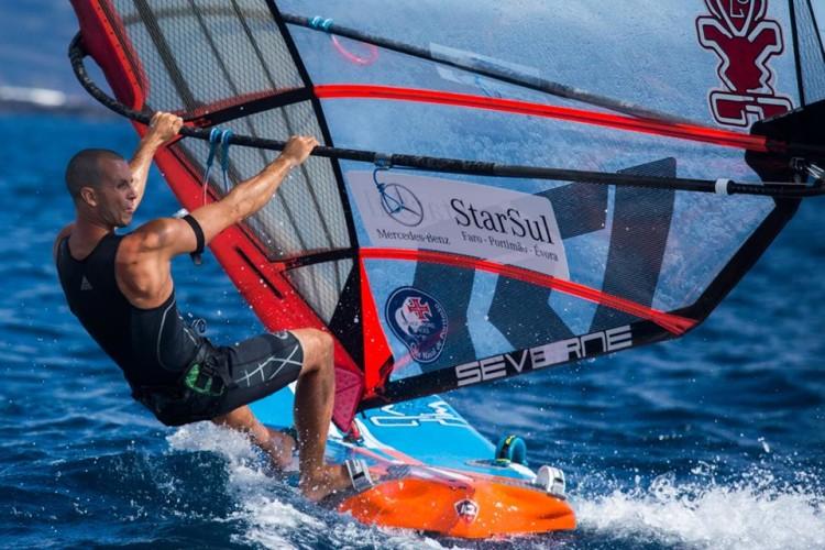 Miguel Martinho, do Clube Naval de Portimão, é o Campeão Nacional FW em título (®FernandoResendes/CNPDL)