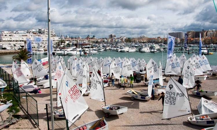 Torneio Internacional de Vela do Carnaval, em Vilamoura, é a maior e mais antiga prova de Vela Ligeira em Portugal (®NeuzaAiresPereira/Arquivo)