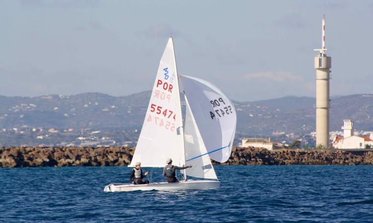 Afonso Rodrigues e Martim Sancho, tripulação vencedora em 420 (®CustodioSancho)