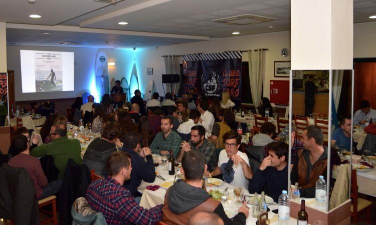 Sala cheia para uma grande festa de aniversário (®PauloMarcelino)