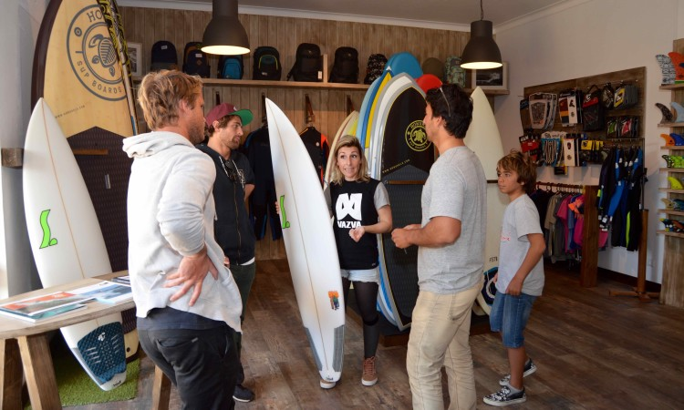 A nova sala da Rocha Surf Shop hoje inaugurada (®PauloMarcelino)