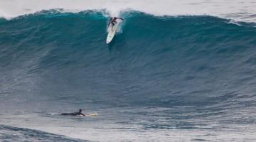 Expedição com seis surfistas vai receber ondulação XXL na costa Norte de São Miguel (®MarSemFim)