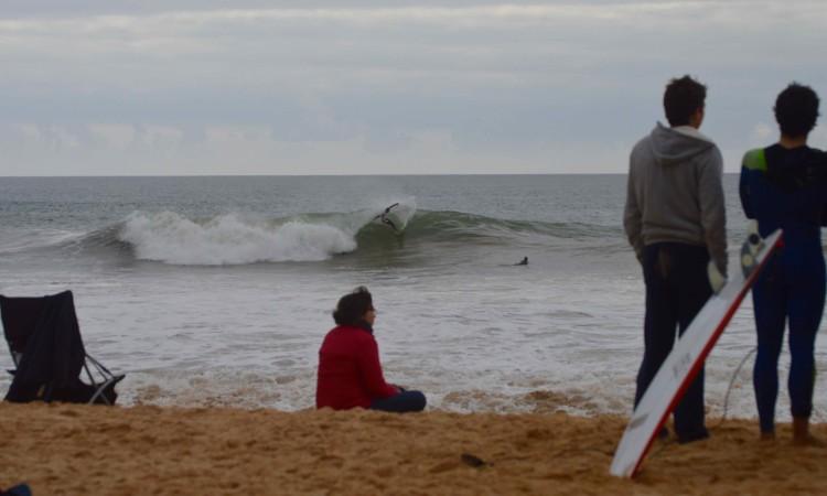 Esta terça-feira houve ondas e boas na Praia da Falésia (®PauloMarcelino)