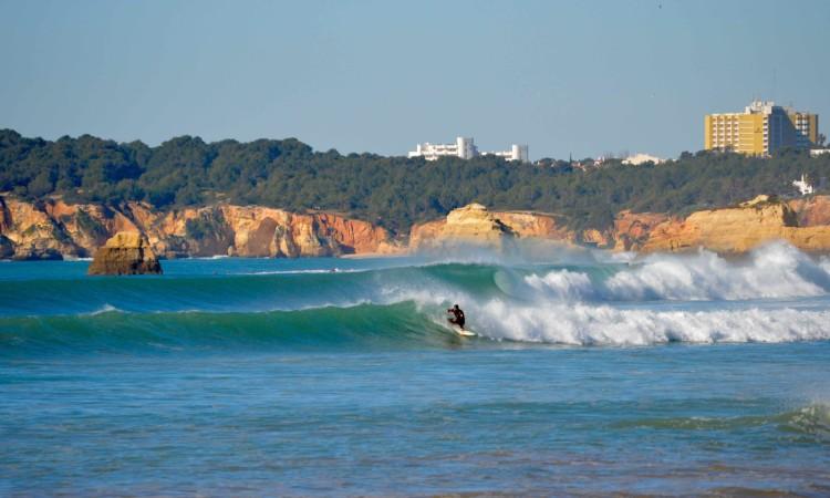 Arranque do circuito regional de surf mantém-se na data prevista, dias 11 e 12 de fevereiro, próximo fim-de-semana, na Praia da Rocha, em Portimão (®PauloMarcelino)