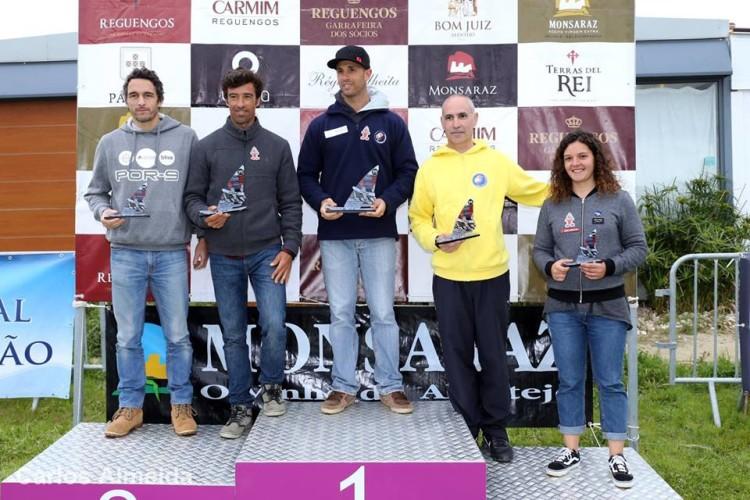 Pódio Open da única regata na 1ª Etapa FW Series Portugal, insuficiente para validar a prova para o circuito nacional (®AFWP)