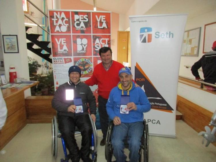 Algarvios Guilherme Ribeiro e Luís Ramalho premiados pelo 2º lugar em Hansa 303 duplos (®ClubeNavalPovoense)