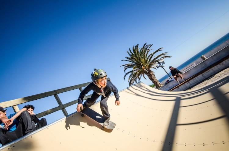 Como diz a presidente do Algarve Surf Clube, agora os surfistas já podem fazer o gosto à prancha… de skate em dias sem ondas em Sagres (®MassimoPardini)