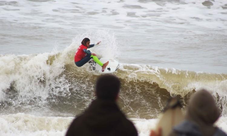 Michael Conlan em acção na Praia de Faro. É o atleta Esperanças 2017 em destaque na região Sul. É campeão regional Sub-16 com três vitórias e está na discussão pelo estatuto de vice-campeão Sub-18 (®GianLucaSchneider)