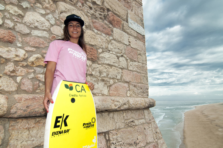 Teresa Almeida, da Nazaré, é a segunda melhor competidora nacional de bodyboard (®DR)