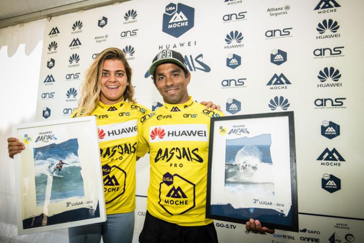 Irmãos Carol e Pedro Henrique, campeões nacionais de surf, feminino e masculino, 2016; foto oficial (®ANS)