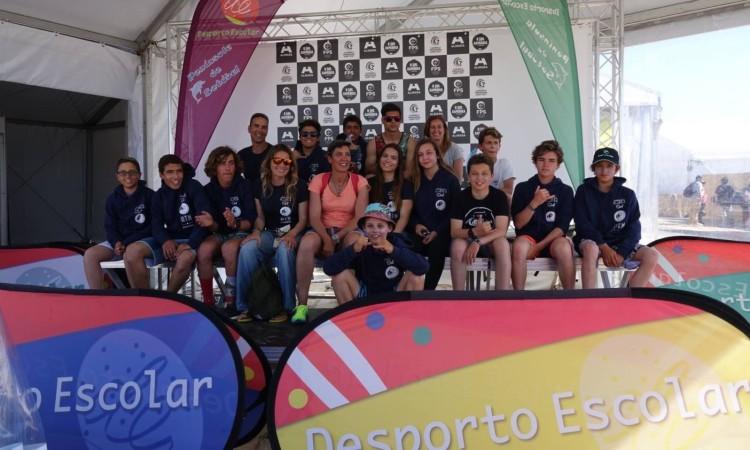 Comitiva algarvia presente no Encontro Nacional de Surf do Desporto Escolar (®IsabelleDeWaelePereira)