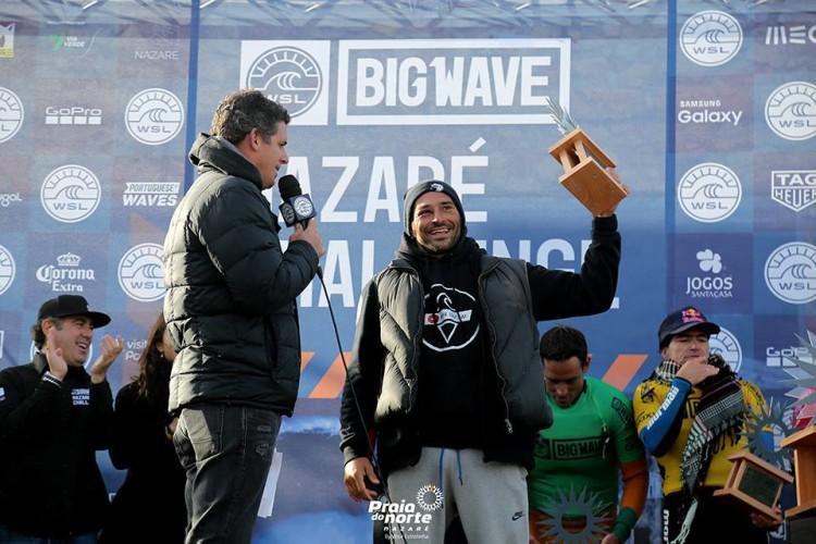 Terceiro lugar no Nazaré Challenge permitiu o regresso de João de Macedo ao Big Wave Tour (®PraiadoNorte)