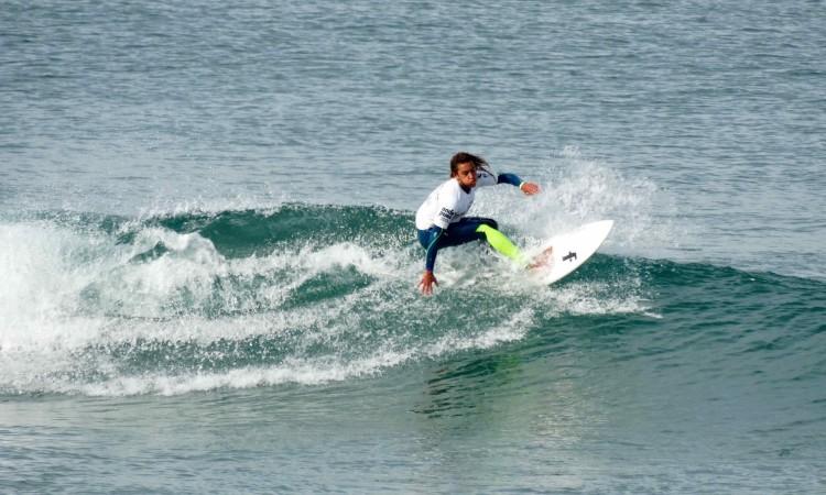 Michael Conlan venceu três baterias e fez 2º lugar na Final Surf Juvenis Masculinos (®DR)