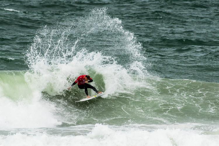 Marlon Lipke em ação, esta sexta-fera. Algarvio foi um dos destaques do dia na Praia Internacional (®PedroMestre/ANS)