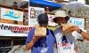 Os irmãos Halley Batista, à esquerda, e Atamay Batista venceram o Open e o Longboard, respectivamente, na Arrifana (®PauloMarcelino)