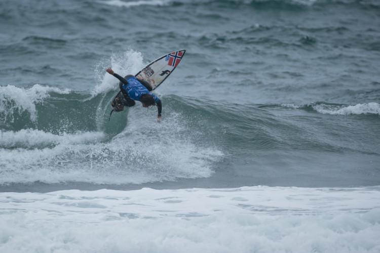 Luca Guichard num momento de ação em Biarritz (®ISA/BenReed)