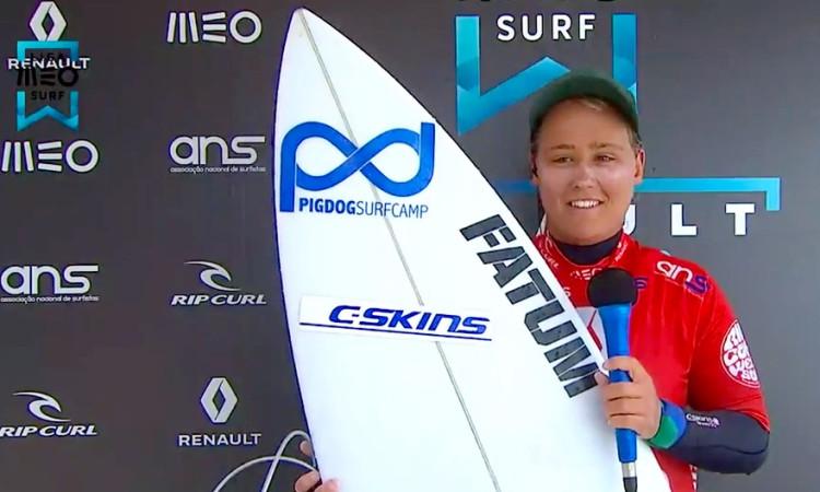 Yolanda Hopkins deu nas vistas com surf 'poderoso' e venceu na Ronda 1 Feminino, no Porto (®screenshot)