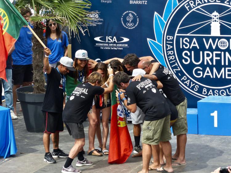 Seleção de Portugal conquistou a Medalha de Prata por equipas e também o 2º lugar na Aloha Cup. Pedro Henrique conseguiu a Medalha de Bronze individual (®FPS)