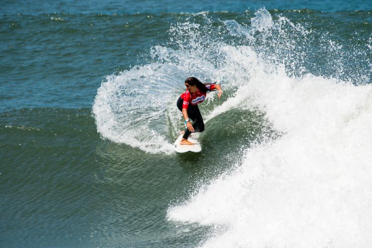 Teresa Bonvalot fez o seu primeiro 10 em competição esta sexta-feira, na final feminina na Figueira da Foz, o que lhe valeu a vitória na etapa (®PedroMestre/ANS)