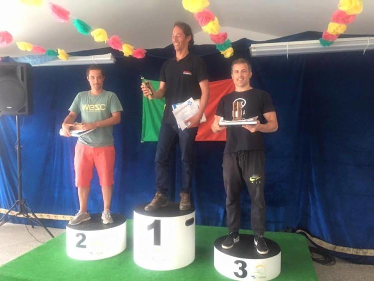 Jody Lot no 1º lugar do pódio Open na Lourinhã, resultado que lhe permitiu assumir a liderança do 'ranking' da Taça de Portugal de Pesca Submarina 2017 (®DR)