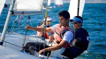Manuel Fortunato (pala azul) e Frederico Baptista (1º plano) estão apurados para o Mundial e Europeu Absolutos e Europeu Júnior 420 (®PauloMarcelino)