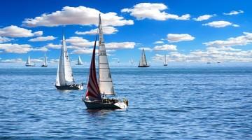 sailing-boat-1593613_640