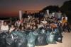 Durante uma hora, cerca de 40 caloiros apanharam 114 quilos de lixo na zona do Ludo, na Ria Formosa (®StrawPatrol)