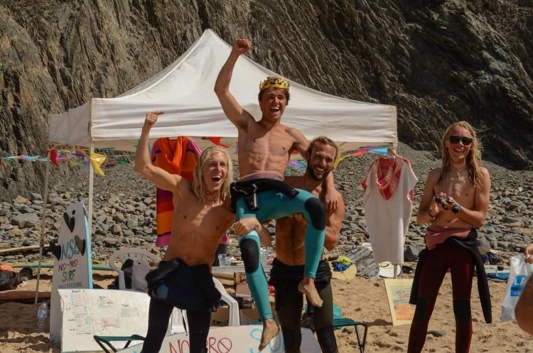 Tommy Quadelli venceu o 1º No Pro Invitational, evento para surfistas amadores convidados (®MassimoPardini/AlgarveSurfPhoto)