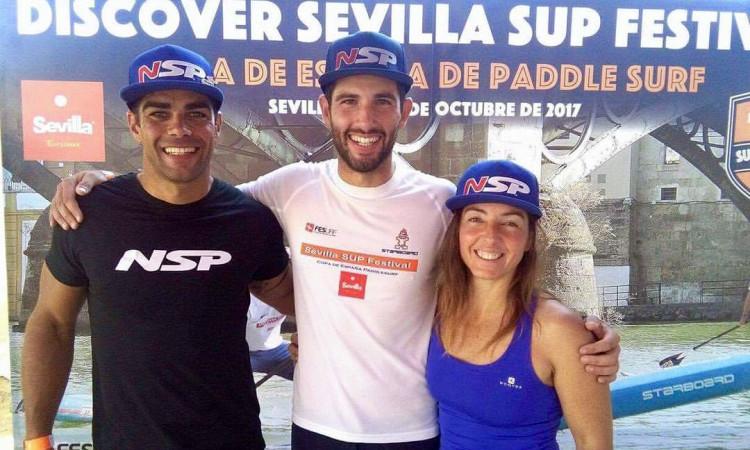 'Team leader' Tiago Dinis, à esquerda, andou mais depressa que nunca em Sevilha e está confiante na nova prancha para a próxima época (®DR)