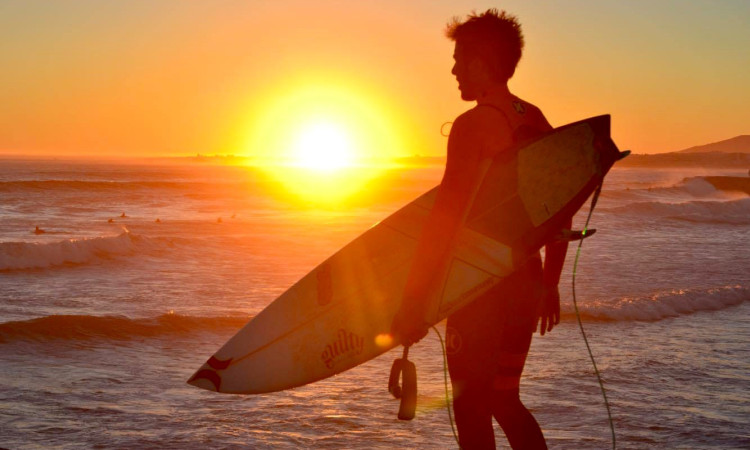 Francisco Duarte, 20 anos de idade, conta como realizou o sonho de ser surfista profissional (®DR)