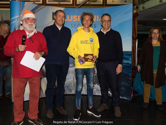 Daniel Cristiano, em temporada de estreia em Laser 4.7, fez 3º lugar geral na PAN em Cascais (®LuisFraguas/CNC)