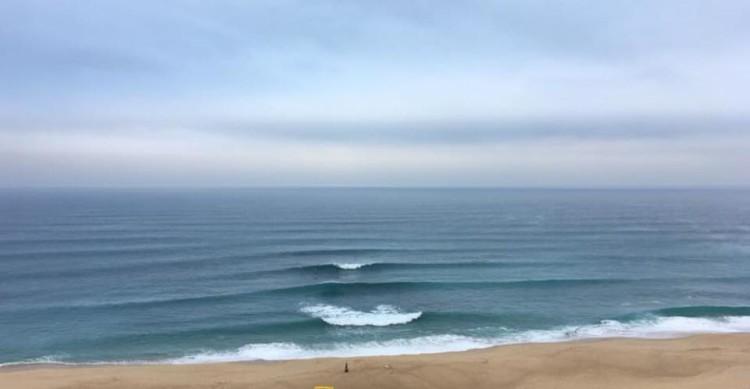 Condições muito boas na Praia das Bicas, sobretudo de manhã, como se comprova pela imagem (®SCS)