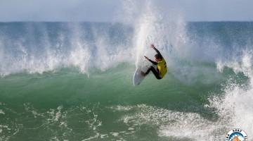 Mar forte em Ribeira d'Ilhas e 2º lugar Open foram os ingredientes da despedida da Ericeira do algarvio Martim Magalhães (®AlvaroFr/ESC)