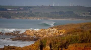 Pico Louco, em São Torpes, é a onda eleita para encerrar o Circuito Regional de Surf do Sul 2018 (®PauloMarcelino)