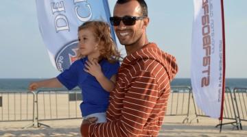 Miguel Martinho, na imagem com a filha, vai estrear-se na organização de campeonatos e quer juntar várias classes num único evento (®PauloMarcelino/arquivo)