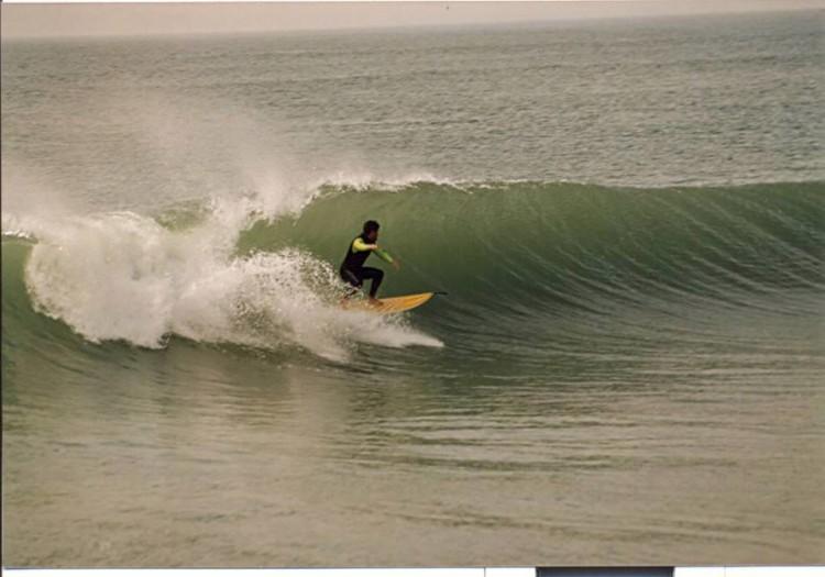 Fernando Filipe no Pico do Molhe, Praia da Rocha, cerca de 1985 (@paulomartins)