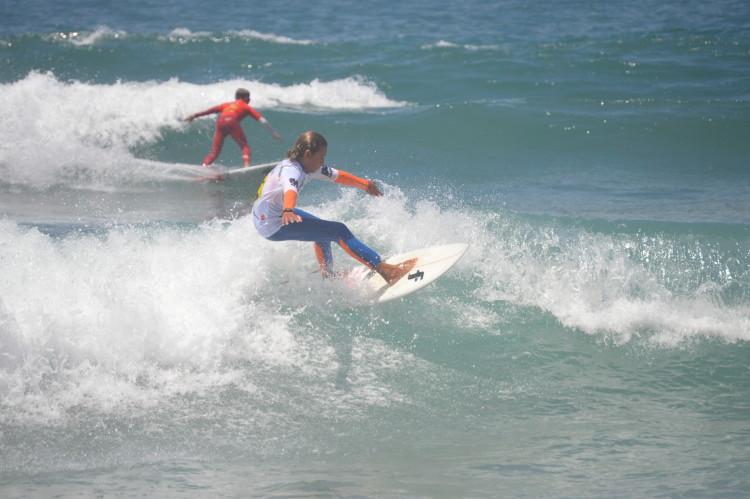 Michael Conlan, com Tomás Abreu ao fundo, na final Sub-16 na Ponta Ruiva (®paulomarcelino)