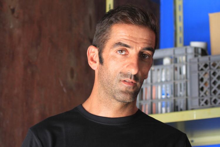 Octávio Lourenço vai andar com a Tavira Local 5'5 truster de Agave para quem quiser experimentar. Procurem o 'shaper' na praia (®FeroxSurfboards)