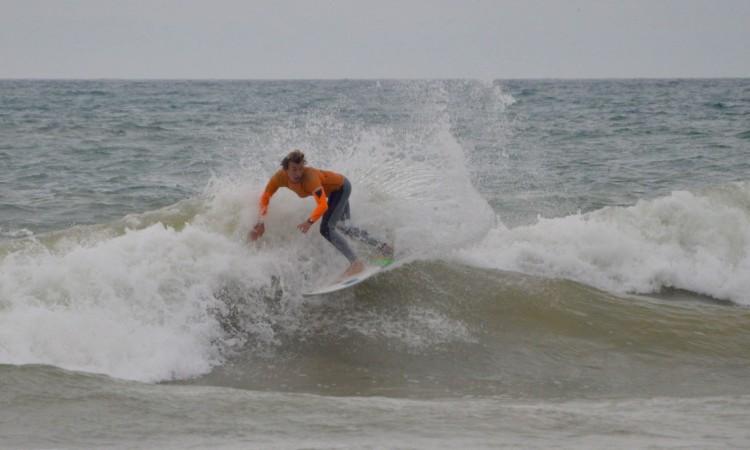 Jakob Lilienweiss na 1ª Etapa do Regional Sul deste ano, na Praia da Falésia, em fevereiro (®PauloMarcelino/Arquivo)