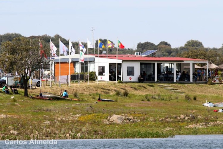 'Base camp' for the Carmim Lago Alqueva FW Series 2016 Portugal – European Cup (®CarlosAlmeida)