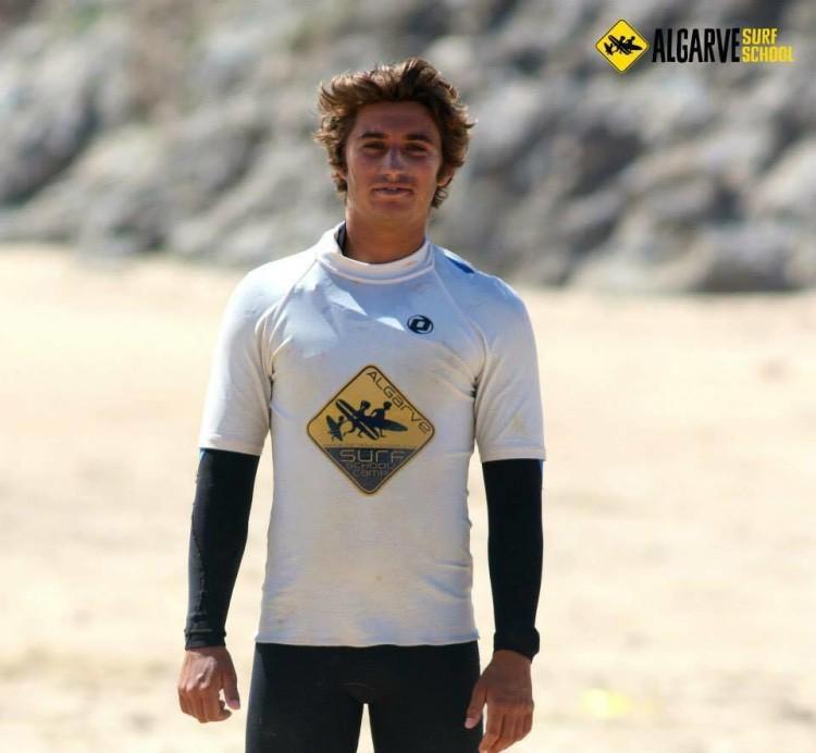'Cam' era instrutor de surf na Algarve Surf School há três anos. Era adorado por todos (®AlgarveSurfSchool)
